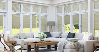 Blinds Lowton